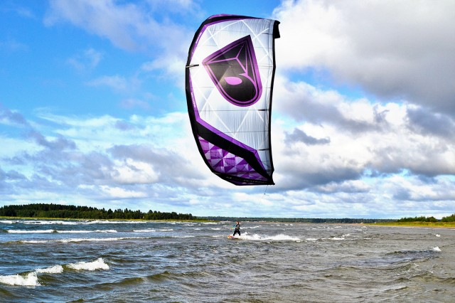 Unexpected kitesurfingday with new kite